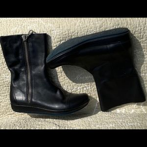 Leather boots by Kork!